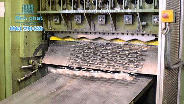 sản xuất lưới mắt cáo