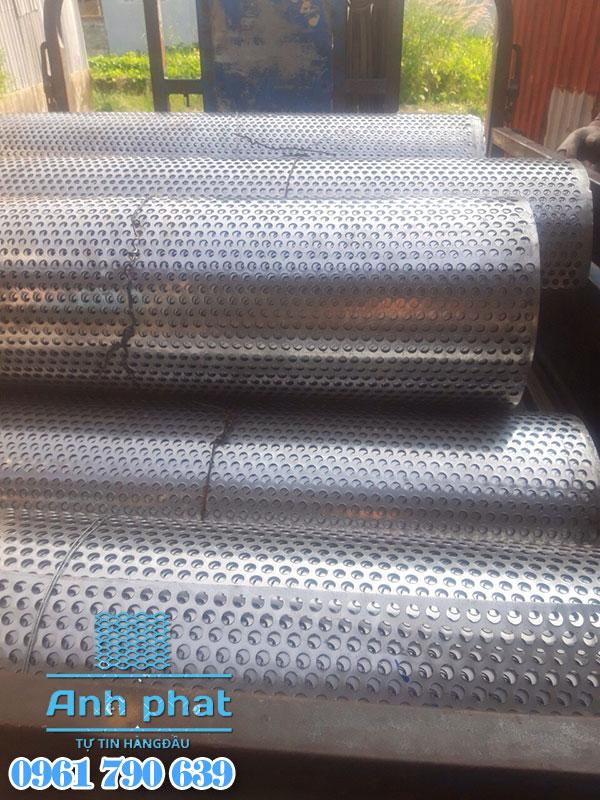 cuộn lưới dập lỗ inox