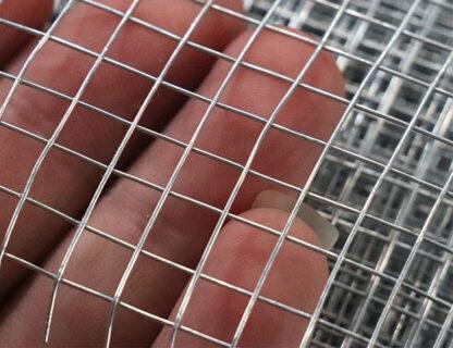 lưới inox hàn ô nhỏ sàng lọc